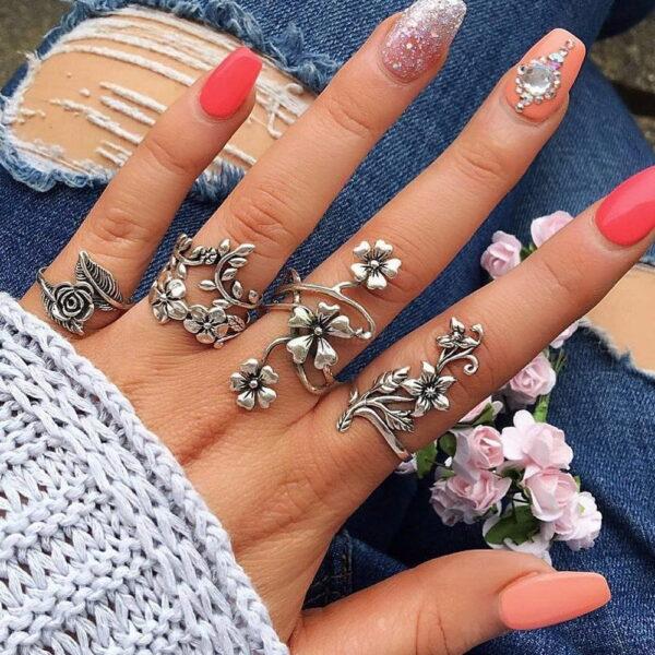 4pcs Set Vintage Rose Flower Rings Antique Women Jewelry JW08